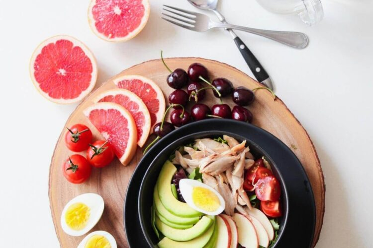 bowl-of-vegetable-salad-and-fruits
