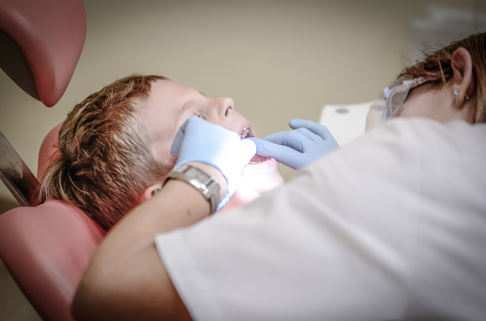Which Type of Dental Services Should You Choose?